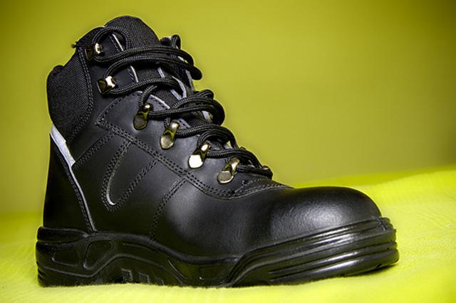 Avances en el reciclado de las botas de trabajo uniforma - Zapatos de trabajo ...
