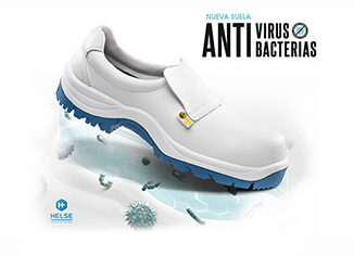 Zapatos de trabajo anti bacterias y virus en uniforma
